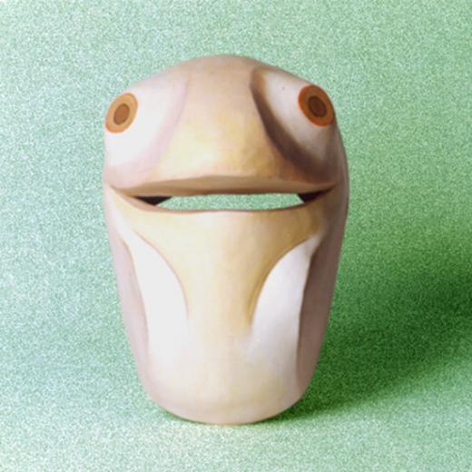 Máscara Larvária Criação: Erika Rettl (téc. colagem c/ papel e tela) Acervo do Grupo Moitará